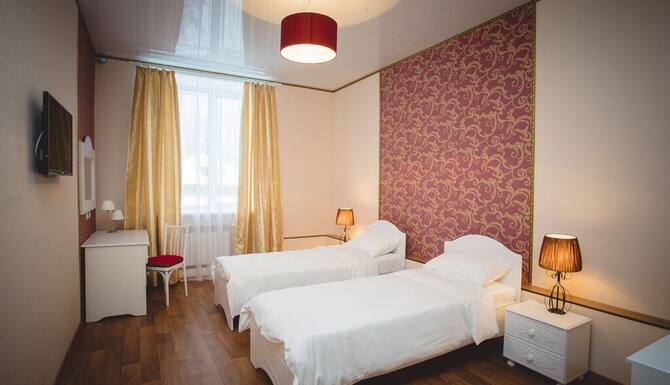 Best mini hotels for a businessman in Hong Kong